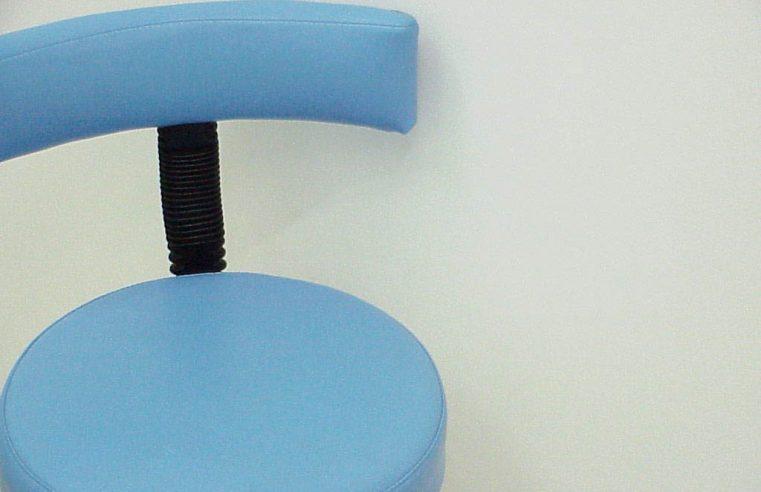 Tworzywa i wykonanie krzeseł